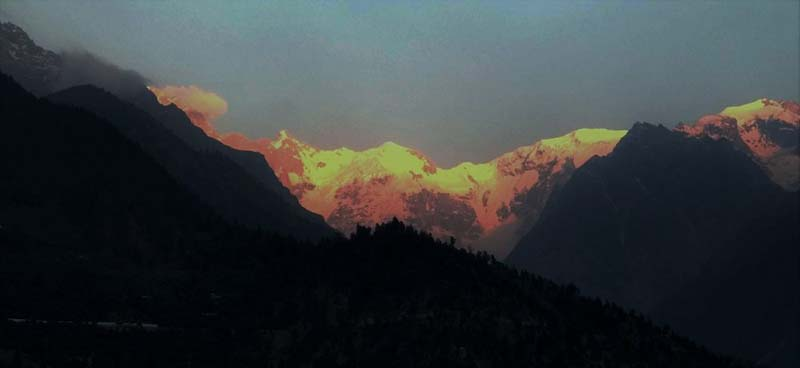 sunrise-at-kinner-kailash.jpg
