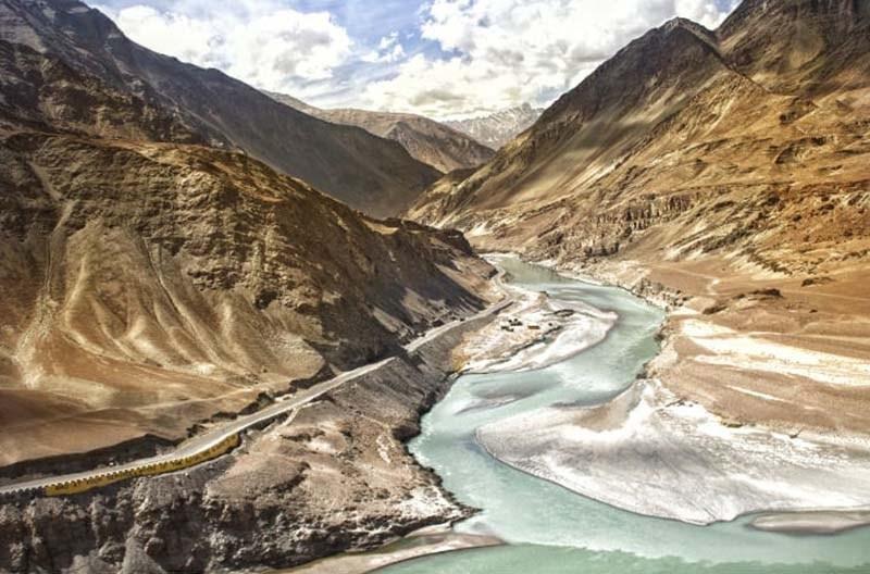 ladakh-trip-with-family-38.jpg