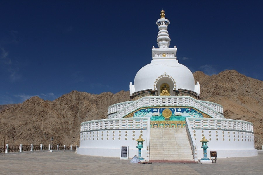 shanti-stupa.jpg