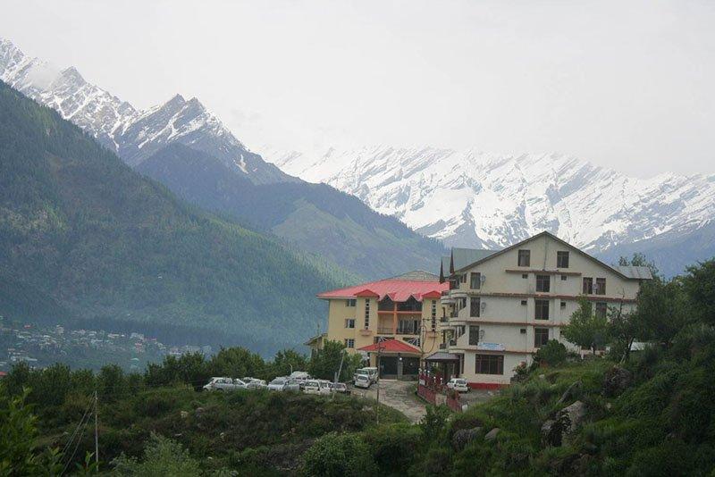rani-sui-lake-trek-3.jpg