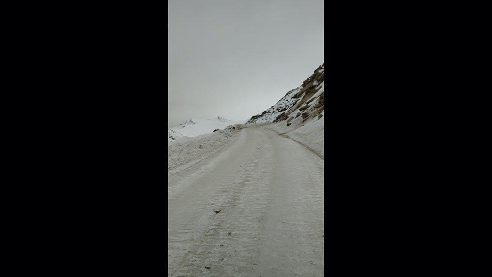 leh-to-khardungla-cycling-13.jpg