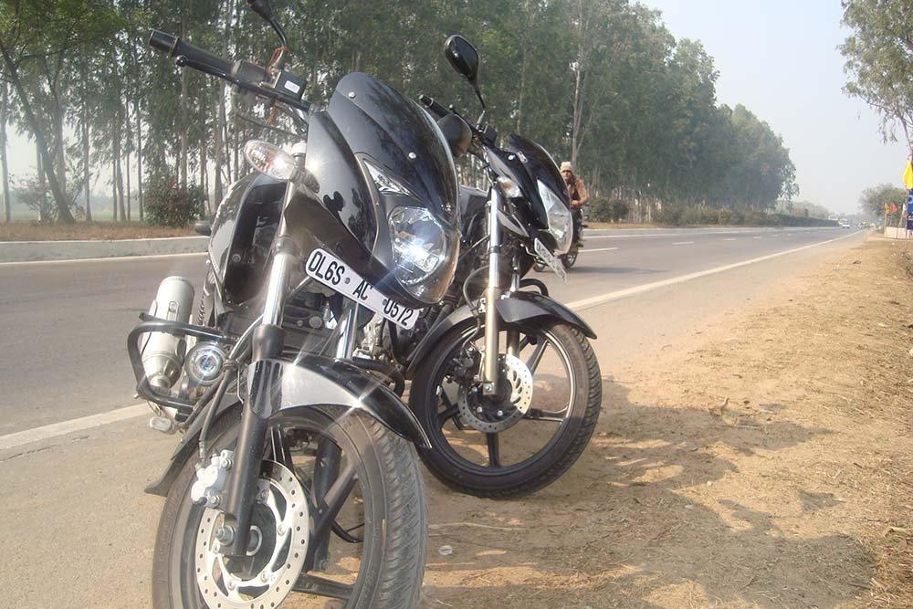 delhi-to-agra-bike-trip-3.jpg