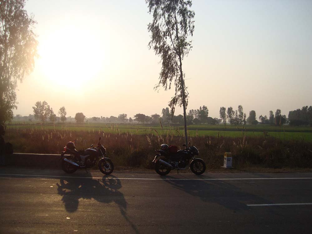 delhi-to-agra-bike-trip-9.jpg