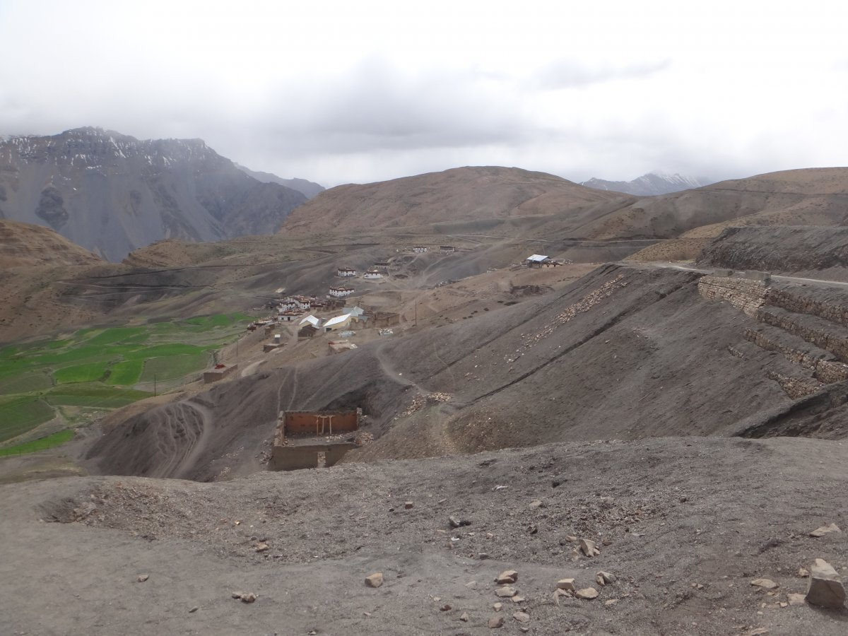 mud-village-to-kaza-9.JPG