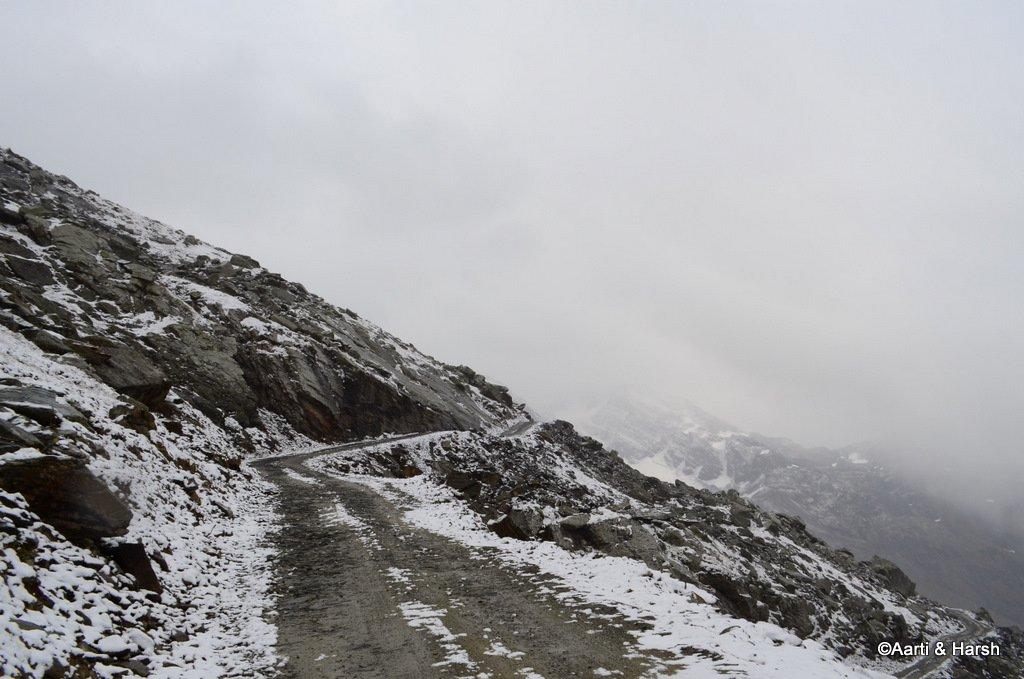 sach-pass-road-trip-10.JPG